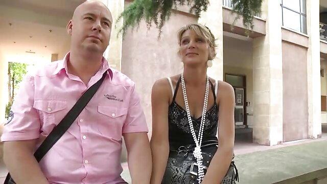 الفتاة اضطر إلى اللعنة من قبل اثنين من مواقع اباحية اجنبى الرجال