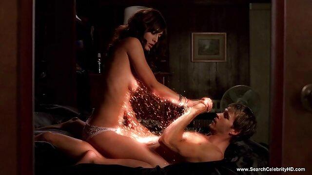رجل صلب يمارس الجنس افلام اباحيه اجنبيه مع امرأة ناضجة