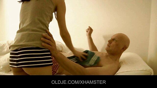 مثليات يتناوبون الجلوس الغش على المطاط الديك مواقع اباحية اجنبى