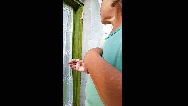 فتاة جميلة يحصل الصنبور الحق افلام اجنبية اباحية مترجمة في الردهة من المكسيكي