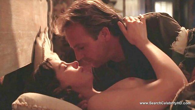 امرأة شابة مع الحليب العملاق اللسان افلام اجنبيه رومانسيه اباحيه كبير الثدي الحلمة