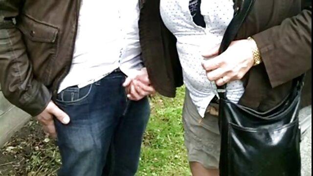 رجل في ثوب سخيف افلام اجنبيه اباحيه كامله فتاة يئن في ثوب