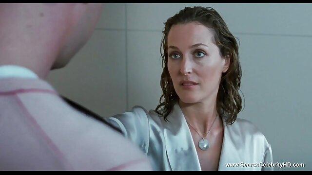 اثنين من شقراء ببراعة وضع بعضها البعض افلام اباحه اجنبيه حتى النشوة في حوض الاستحمام